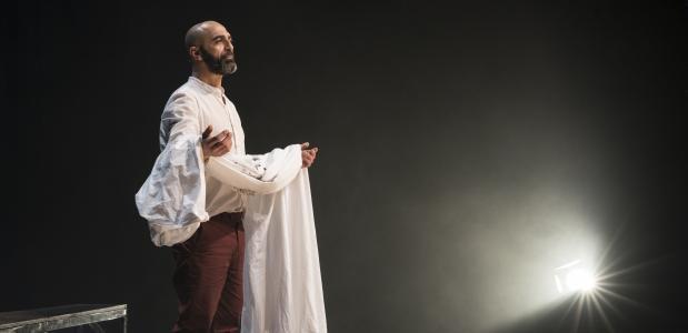 Mohammed Azaay in het prachtige Jihad van liefde, Foto: Jesse Budel