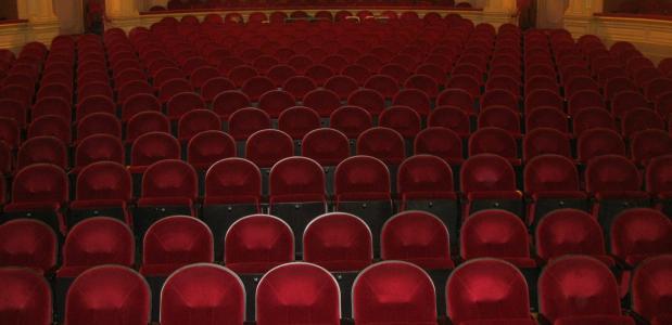 het nationale theater onbeperkt romana vrede steef de jong