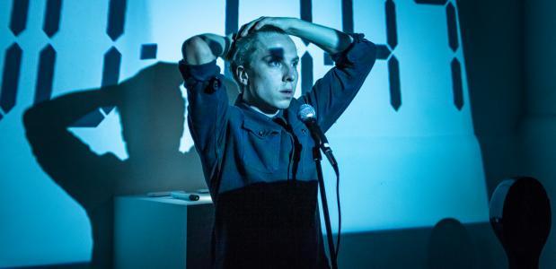 Greuter in Stolp waarmee hij in het TapasTheater stond. Foto: Boy Hazes