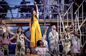 April Darby als Aida legt veel gevoel in haar zang; foto: Diana Vellema