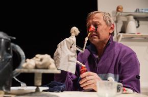 Servaes Nelissen vindt zichzelf op nieuw uit; foto: Bowie Verschuuren