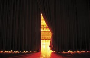 Het open gaan van theaters heeft vooral symbolische waarde, vindt de VSCD
