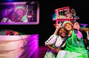 Scène uit Heidi Pippi Sissi Ronnie Barbie, foto: Bowie Verschuuren